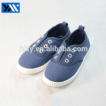 China cheap comfortable blue flat canvas shoes for boys