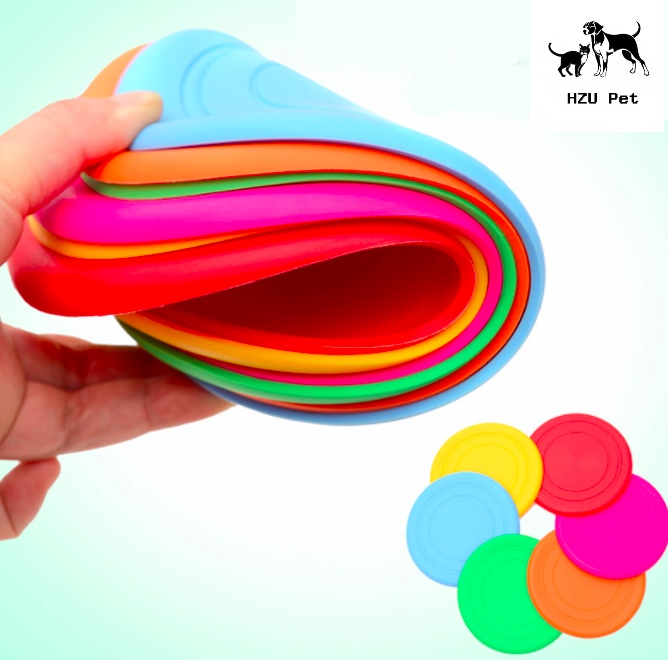 Dog Frisbee Flying Disc, Rubber pet training toy, Floatable Soft Silicone Flying Disk Flying toy Dog playing