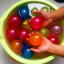bunch balloons fighting magic water balloons