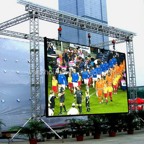 China Manufacturers Indoor Advertising Curved Big LED Display Screen P4 on Wall