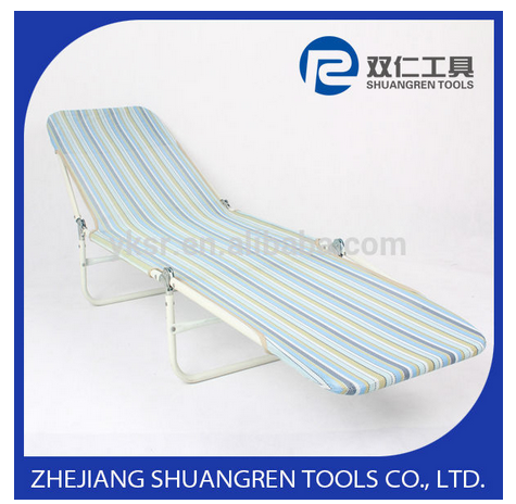 Outdoor foldable sun lounger