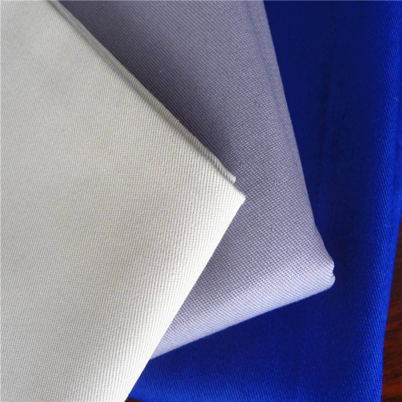 TC 65/35 Twill Fabric For Workwear and Chef Kitchen Uniform in Weight 190-245gsm Twill Continue Dyeing