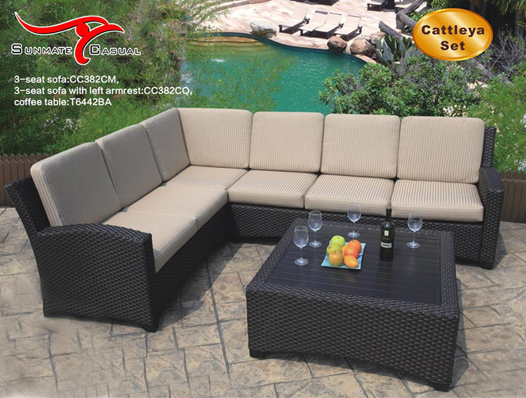 Garden Furniture Outdoor Rattan Wicker Sectional Sofa Bed Set with Coffee Table