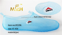 2014 new design jelly color diving shoes