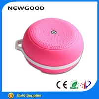 Circular silicone coating wireless bluetooth speaker universal case with built-in rechargeable lithium-ion battery for mobile