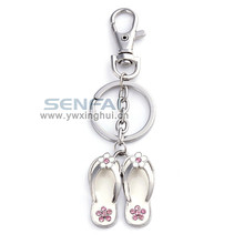 Cheap keychains in bulk custom metal crystal flip flop keychains for promotion