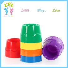 Fashionable promotionabel pp material high quality paint mixing cup art set