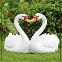 Factory custom-made wholesale goose outdoor garden decor