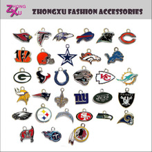 new high quality silver and gold plated custom 32 teams American football teams pendant charm