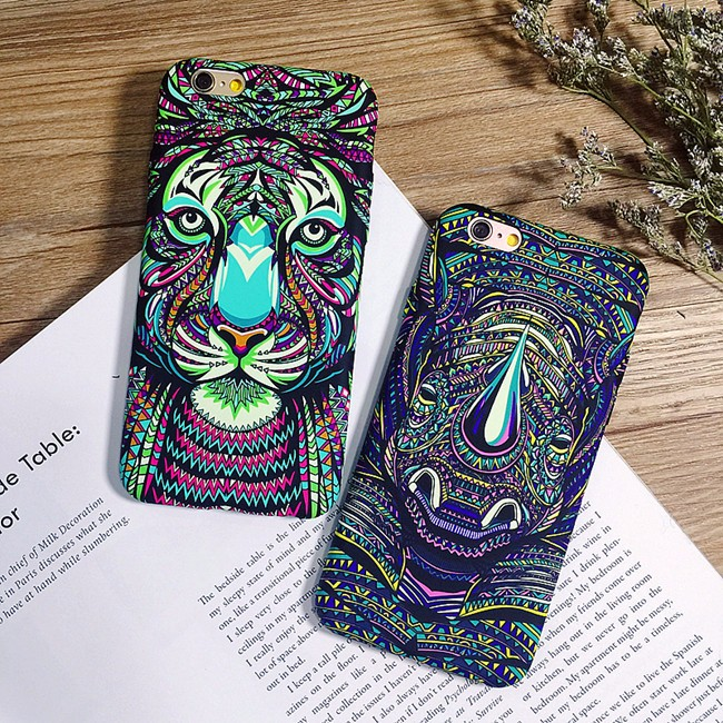 3D Case For Animal Hand Plastic Phone Cases for iPhone 5/5s/6/6s/7 Glowing in the Dark Mobile Covers For iphone 7