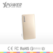 Custom Logo Top Quality Safety Certificate 2 USB ports 8000mah Mini custom color Apple Portable Battery Charger with Type-C