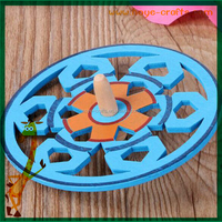 engraving logo wooden spinning top toy for children playing