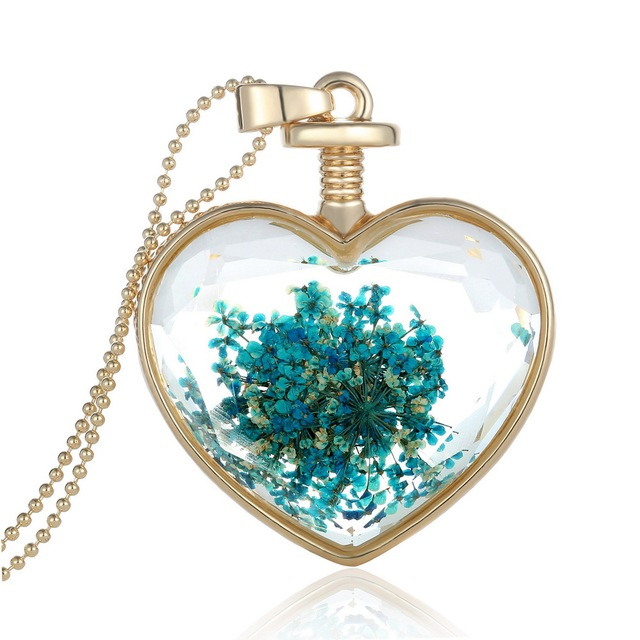 Trendy Romantic Transparent Crystal Heart Shape Necklace Floating Locket Dried Flower Plant Women Pendant Necklace Sweater Chain
