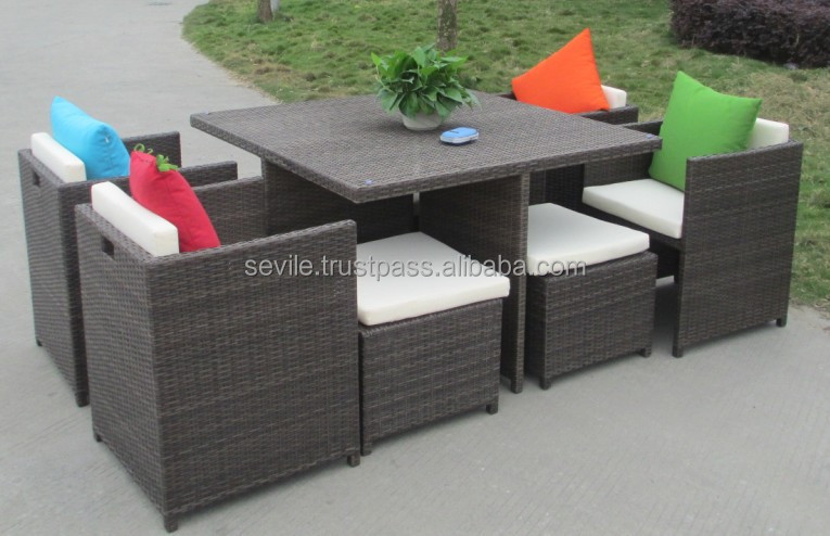 Rattan Garden Set Table and Chairs 2015