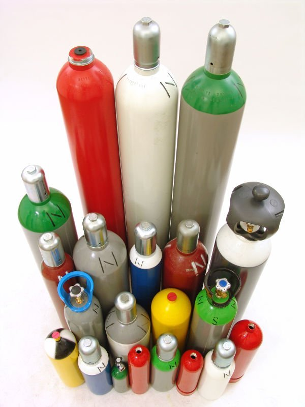 Cylinders for industrial gases