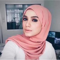 wonderful fabric Feels and looks like silk plian printed dubai hijab chiffon clothes stores scarf made in china