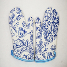 Promotion flower design kitchen oven mitts