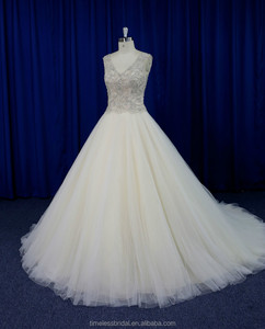 Exquisite embroidered bodice puffy champagne tulle skirt factory wedding dress