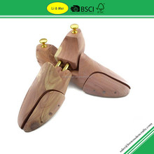 LM003I Eco Friendly Natural Cheap Wooden Shoe Stretcher Cedar Shoe Trees