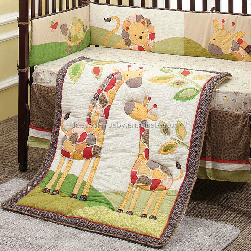 Cute Giraffe Design Baby Crib Bedding 6 Piece Set Good