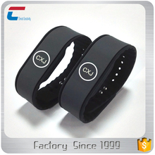 shenzhen custom soft NTAG 215 nfc chip silicon rubber wristband