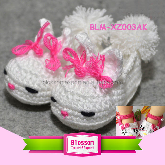 Hand crochet baby shoes wholesale cute handmade crochet knitting baby shoes flower crochet baby girl shoes