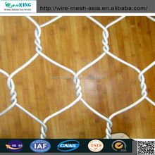 China Anping Supplier High Quality Hexagonal Chicken Rabitz Breeding Wire Mesh