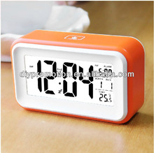 Wholesale lcd transparent pretty digital alarm desk clock for table decoration
