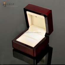 Luxury Baking Finish Paint Wooden led Light Jewelry Box for Ring With Quality Velvet