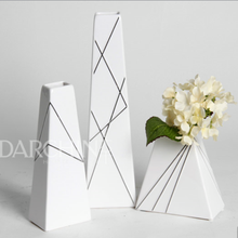New launched modern ornament white matte ceramic flower vase