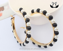 Best Selling Mixed Color Woman Loop Plated Gold Pearl Earrings