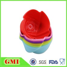 Best popular Colorful silicone muffin cup/silicone baking cup set/silicone cupcake and baking cup