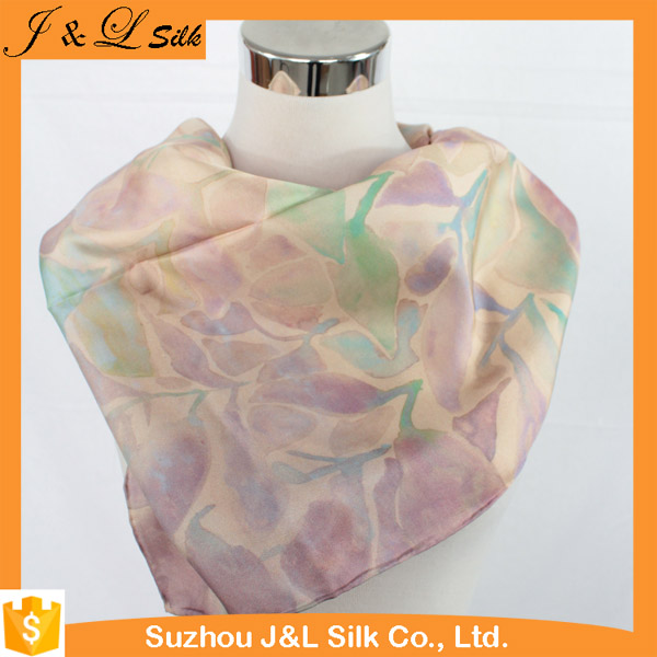 Chinese Factory Women Printed Custom Design Silk Scarves Shawls
