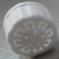 Used To Produce Gas Products of Special Styles16mm PP/PE Plastic Ventilated Spout Cap