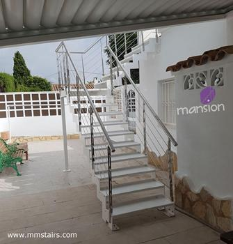 Prefabricated Outdoor Metal Stairs (stainless steel railing)