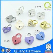 love heart shaped padlock engrave metal label qifeng