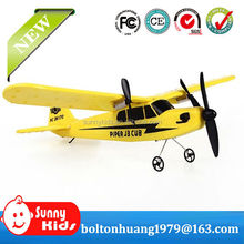 Newest 2.4Gz flying toy plane for remote control toy plane