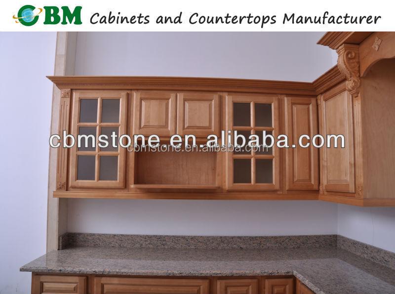 Muebles de cocina de madera con vidrio for Muebles de cocina con puertas de cristal