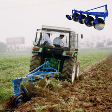 Supply Wind Range of New Agriculture Plow Tractor