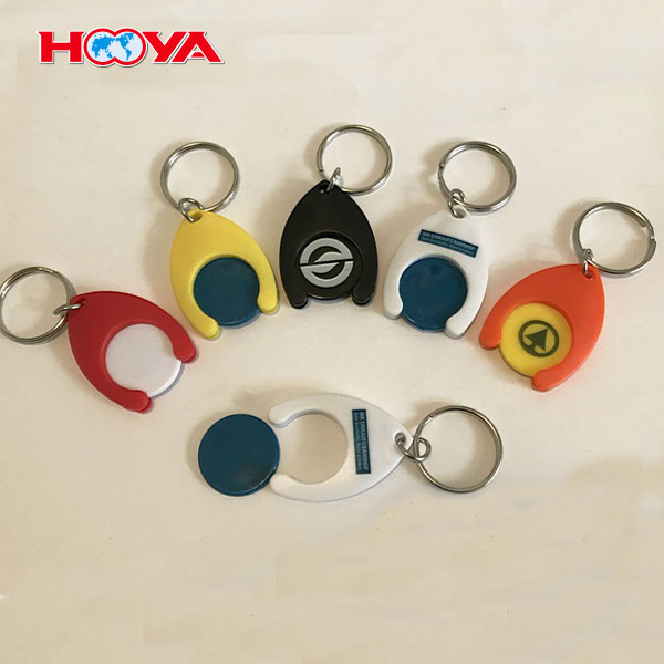 plastic key chain with shopping cart coin for shoiing trolley