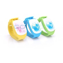 Factory Hot selling, Low Radiation GPS/GPRS/GSM SOS Alarm Mini KIDS GPS Watch With One Way Communication & Free App ,TK201