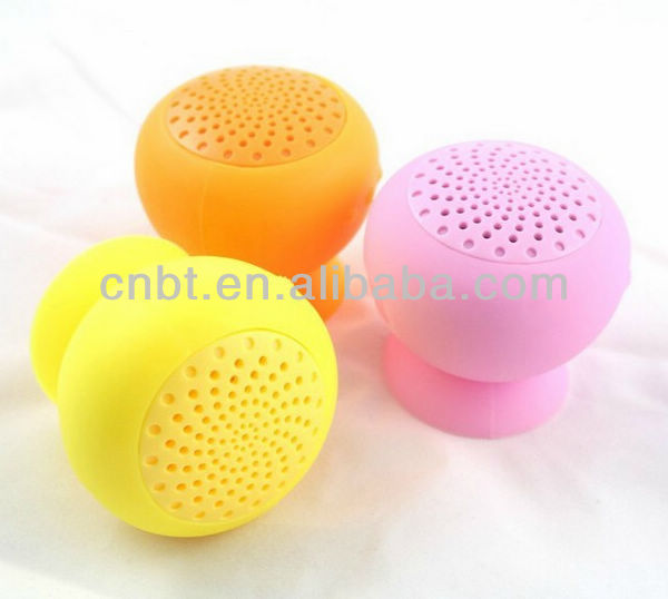 2013 new mini android robot speaker support Hands free