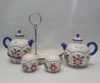 Hand painted ceramic tableware cruet set contain oil and vinegar jar salt and pepper shaker with tray
