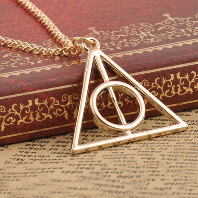2016 New Hot Fashion triangle Deathly Hallows triangle metal pendant long chain necklace ace gifts,