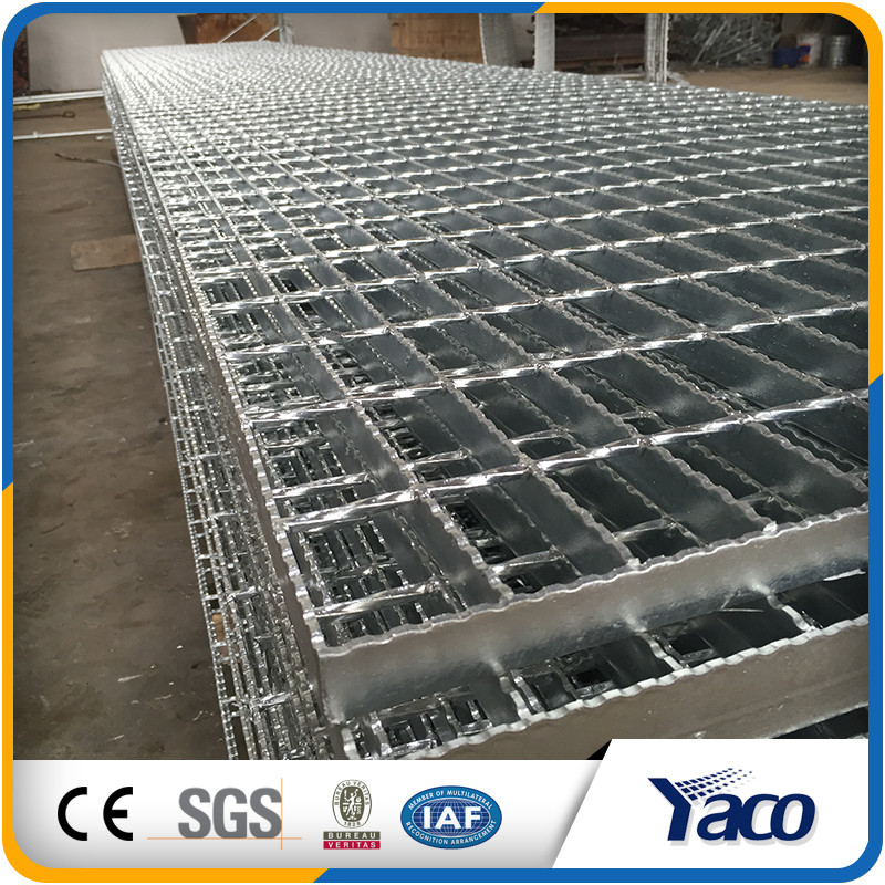 Factory price building materials galvanized steel grating