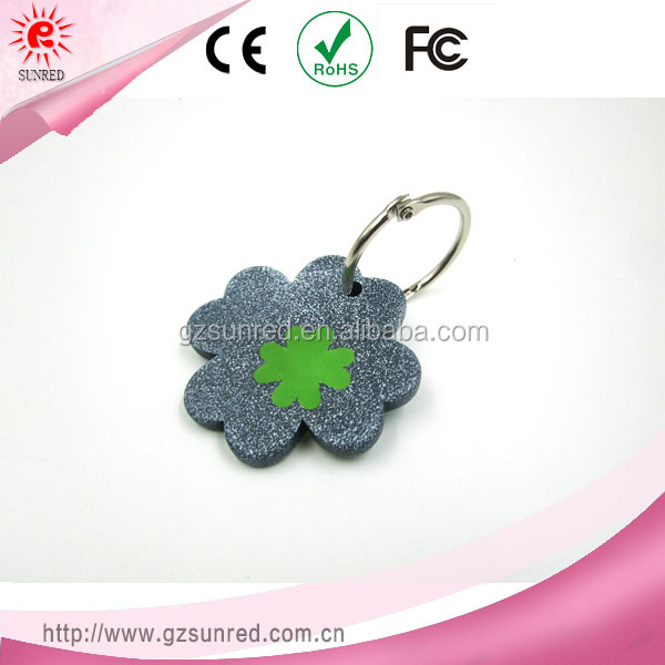Four-leaved Clover Shaped Gray Resin Key Chain