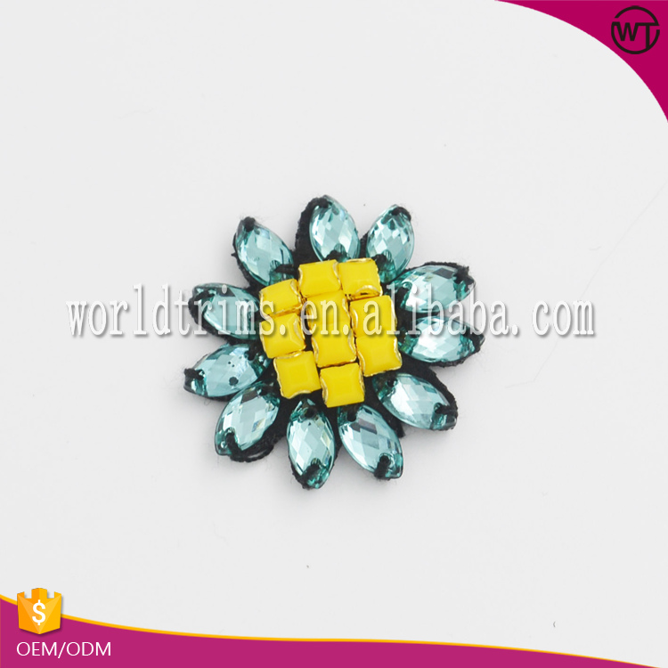 High quality acrylic stones small flower patch
