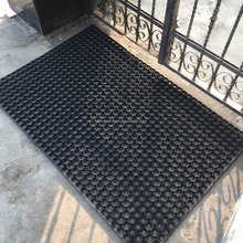 Natural Recycled Outdoor Garden Holes Hollow Ring Anti Slip Door Floor Foot Rubber Mats