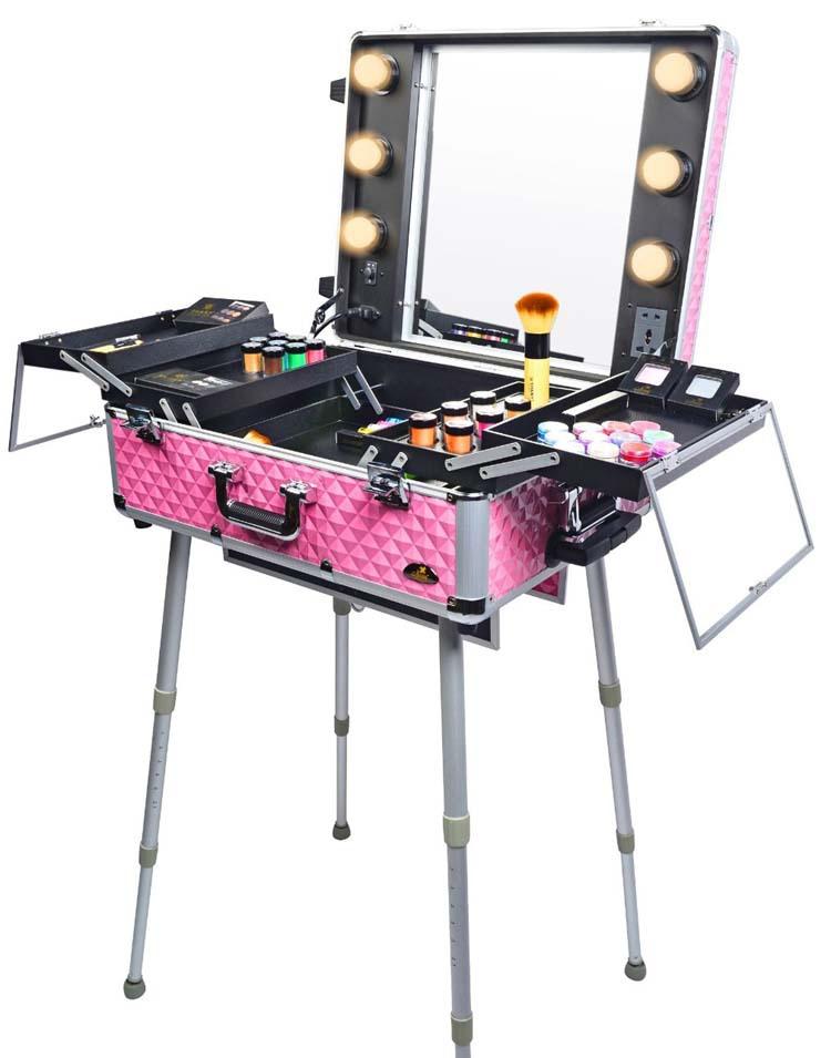 cosmetics studio togo makeup case with light pink rolling aluminum cosmetic case with light. Black Bedroom Furniture Sets. Home Design Ideas