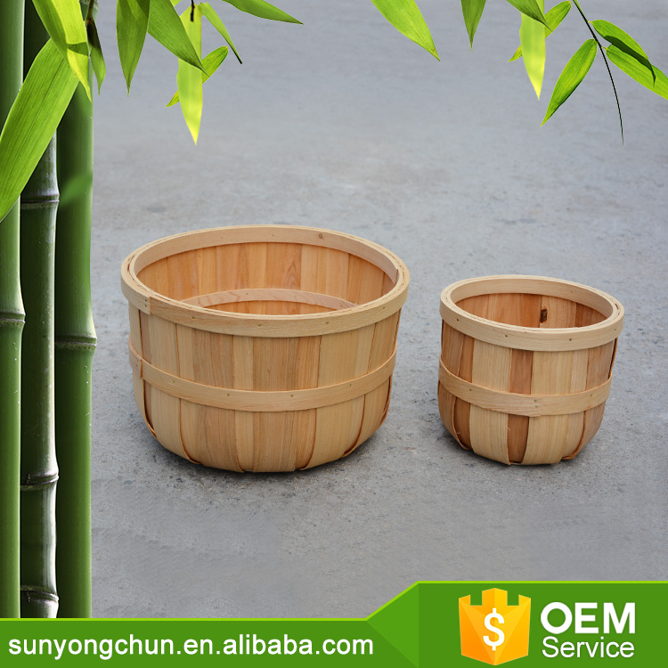 100% natural coloured bamboo wicker fruit baskets with net cover